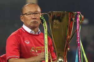 HLV Park Hang Seo từng lo mất việc sớm, phải trổ tài kịp thời mở ra thành công