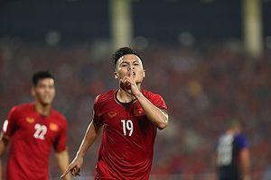 Quang Hải tranh giải cầu thủ xuất sắc châu Á với Son Heung Min