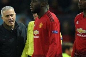 Hé lộ lý do 'động trời' khiến HLV Mourinho bị M.U sa thải