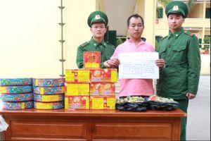 Bắt đối tượng người Trung Quốc vận chuyển pháo nổ trái phép