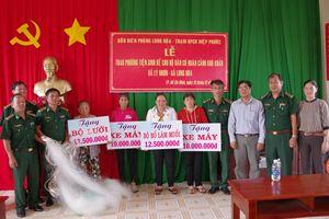 Trao phương tiện sinh kế cho người nghèo huyện Cần Giờ