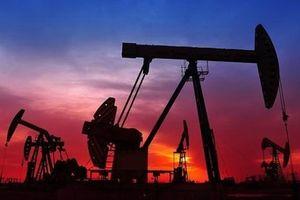 Hai đá tảng đè nặng lên giá dầu