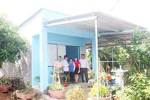 1.098 căn nhà an toàn chống bão lụt được xây dựng