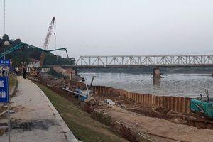 Dự án chi 34 tỷ sửa chữa bờ kè hơn 100 tỷ khắc phục đến đâu?