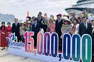 Du lịch Việt Nam đón du khách nước ngoài thứ 15 triệu