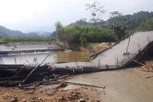 Yên Bái: Đang thi công, cầu bê tông bất ngờ sập đổ