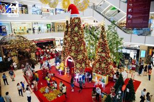 Điểm danh những địa điểm chụp ảnh Noel đẹp ở Hà Nội