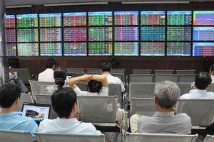 Ngân hàng phát hành cổ phiếu, gấp rút hoàn thành kế hoạch tăng vốn
