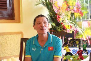 Bố trung vệ Đình Trọng: 'Bị chấn thương nhưng nó vẫn cố gắng đá gần 20 trận'