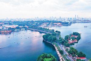 Hà Nội: Đề xuất dùng nguồn nước sông Hồng 'giải cứu' hạn hán hồ Tây