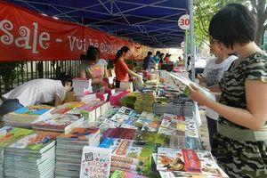 Thanh Hóa: Nhóm cổ đông lớn 'làm phép' để thâu tóm Công ty phát hành sách?