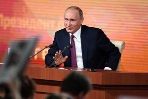 Tổng thống Nga Putin bắt đầu cuộc họp báo thường niên 2018