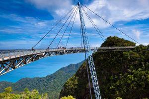 Bạn có đủ can đảm đi qua những cây cầu đáng sợ nhất thế giới