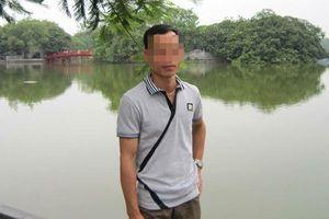 Thầy giáo bị tố vờ hỏi đường để chở học sinh đi hiếp dâm