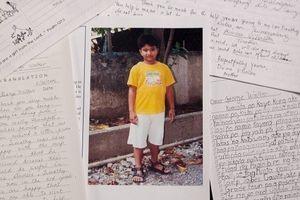 Thư tay Bush 'cha' viết cho cậu bé Philippinnes lần đầu được công bố
