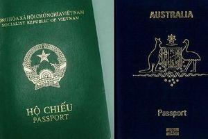 Mang 2 quốc tịch, luật 'xử' thế nào?