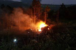 Xe bồn chở xăng lao xuống đèo Hải Vân bốc cháy dữ dội khiến 1 người tử vong