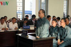 Tuyên án 12 bị cáo trong vụ buôn lậu xăng dầu lớn nhất Việt Nam