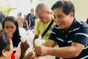 Hạ nghị sĩ Philippines bị bắn chết ở sự kiện Giáng sinh