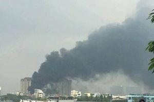 Hà Nội: Cháy tại trường cấp 2 Nhật Tân, khói đen bốc cao hàng chục mét