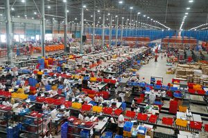 Ngành thương mại điện tử ở Việt Nam khốc liệt thế nào?