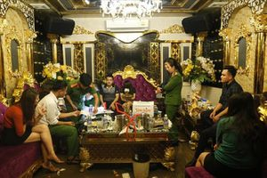 Đình chỉ chức vụ Phó Giám đốc Agribank Hương Khê tham gia 'tiệc' ma túy