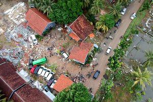 Quan chức Indonesia cảnh báo nguy cơ sóng thần tiếp diễn