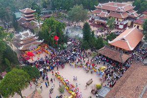 15.000 tỷ cải tạo chùa Hương: Bất chấp vì lợi nhuận là ứng xử thiếu văn hóa với di tích?