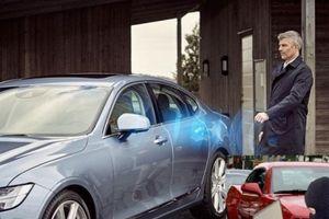 Trộm ô tô bằng 'hack' chìa khóa thông minh, chủ xe cần tỉnh táo kẻo 'ôm hận'