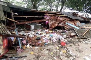 Số người chết do sóng thần ở Indonesia tăng lên 168, không có công dân Việt Nam