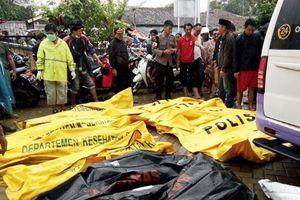 Sóng thần ở Indonesia: Nhiều thị trấn ven biển hoang tàn