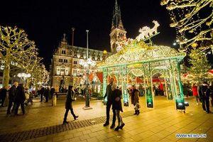 Tưng bừng không khí Giáng sinh ở các nước