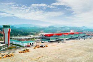 'Soi' sân bay tư nhân đầu tiên Việt Nam trước ngày khai thác bay
