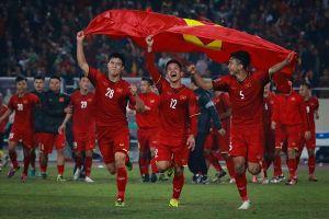 Những đề thi 'bắt trend' đội tuyển Việt Nam gây 'bão' mạng xã hội