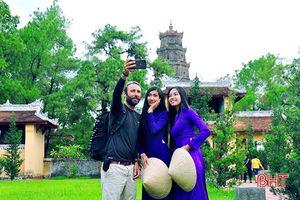 Thân thiện đoạt giải nhất Ảnh đẹp Du lịch Thừa Thiên-Huế