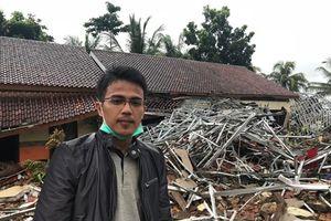 Indonesia: Khách sạn Stefanie kín khách khi bị sóng đánh sập