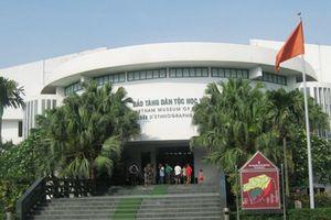 Thêm nhiều nữ cán bộ tố bị o ép ở Bảo tàng Dân tộc học Việt Nam