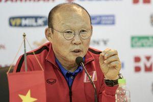 Lục Xuân Hưng chia tay ĐTVN, HLV Park gọi Đình Trọng trở lại?