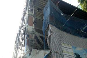 Sập công trình ở trung tâm TP.HCM, 3 người thương vong