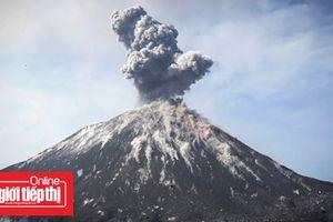 Núi lửa vẫn đang hoạt động, một cơn sóng thần khác có thể tấn công Indonesia