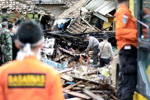 Ít nhất 429 người đã chết vì sóng thần, Indonesia đẩy mạnh tìm kiếm nạn nhân