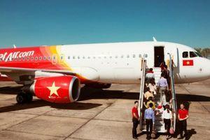 Máy bay Vietjet phải hạ cánh khẩn cấp nhưng nhầm đường băng