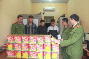 Thái Nguyên: Bắt giữ 3 đối tượng vận chuyển trái phép 57kg pháo nổ