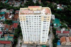 Bê tông tầng 18 chung cư rơi trúng bé 3 tuổi