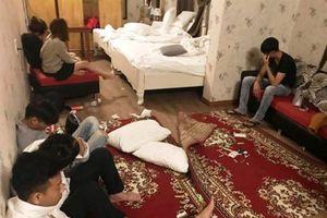 Bắt quả tang gần 20 thanh niên nam, nữ phê ma túy trong khách sạn