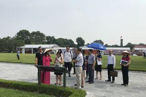5,74 triệu lượt khách quốc tế đến Hà Nội