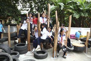 Ford Việt Nam góp sức xây dựng sân chơi tái chế cho trẻ em ở Hà Nội