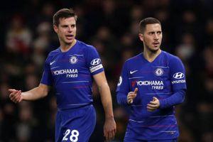 Hazard lập cú đúp giúp Chelsea trụ lại top 4 Premier League