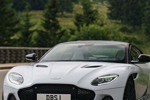 Ngắm vẻ đẹp quyến rũ của Aston Martin DBS Superleggera 2019