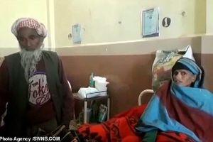 Kinh ngạc: Người phụ nữ 65 tuổi sinh thêm con gái với chồng 80 tuổi